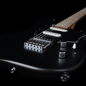 48410_Godin_Session_HT_Blk_close6-1024x1024